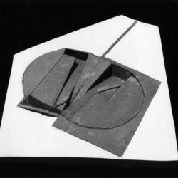 Model, initial roof places with surface of the earth.