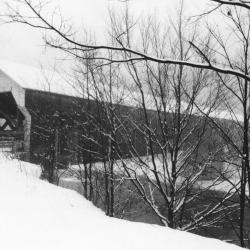 Photo of covered bridge at 3/4 angle.